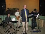 Bro. Gary sings with Metanoia @ evangelistic service @ Almașu ('10)
